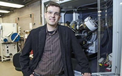 Beyond the lithium ion, significant step toward better battery