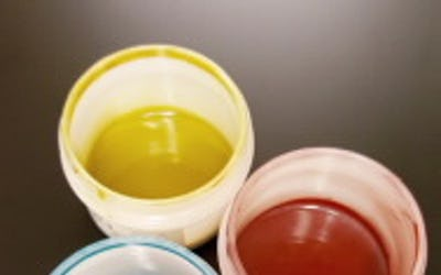 Colored electrically conductive inks and coatings