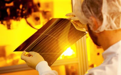 New organic photovoltaic world record efficiency of 13.2 percent