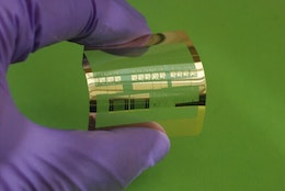 Engineers fabricate fastest flexible silicon transistor
