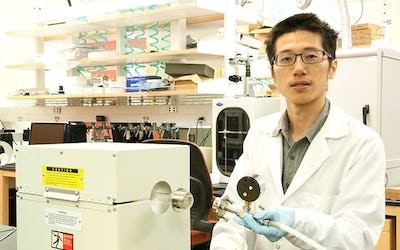 Discovery could energize development of longer-lasting batteries