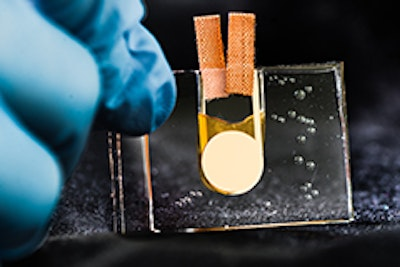 The world's first heat-driven transistor