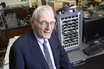 New technology for fast-charging, noncombustible batteries