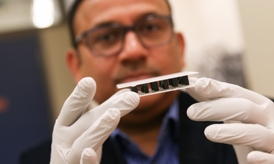 Non-toxic material that generates electricity through hot and cold