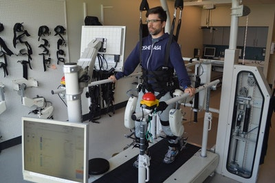 Shedding light on how humans walk...with robots