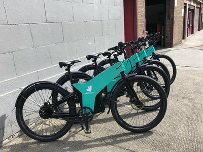 ETT, the E-bikes-for-couriers rental company signs up Heliocor