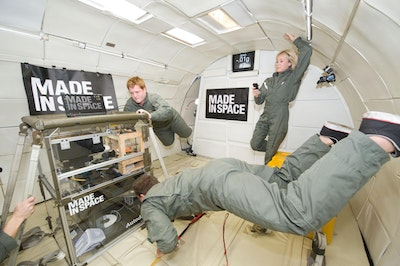 3D printing in microgravity environments