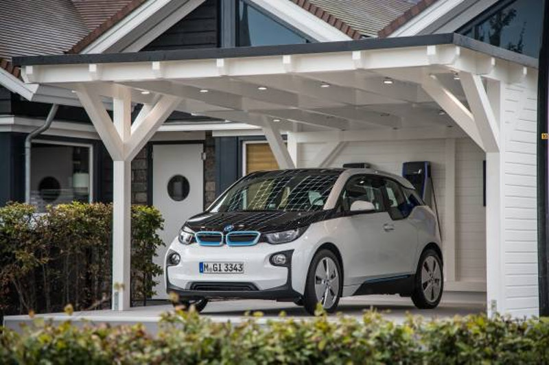 BMW implement new solutions for connected cars | Electric