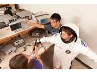 Astronauts' body heat to power electronics