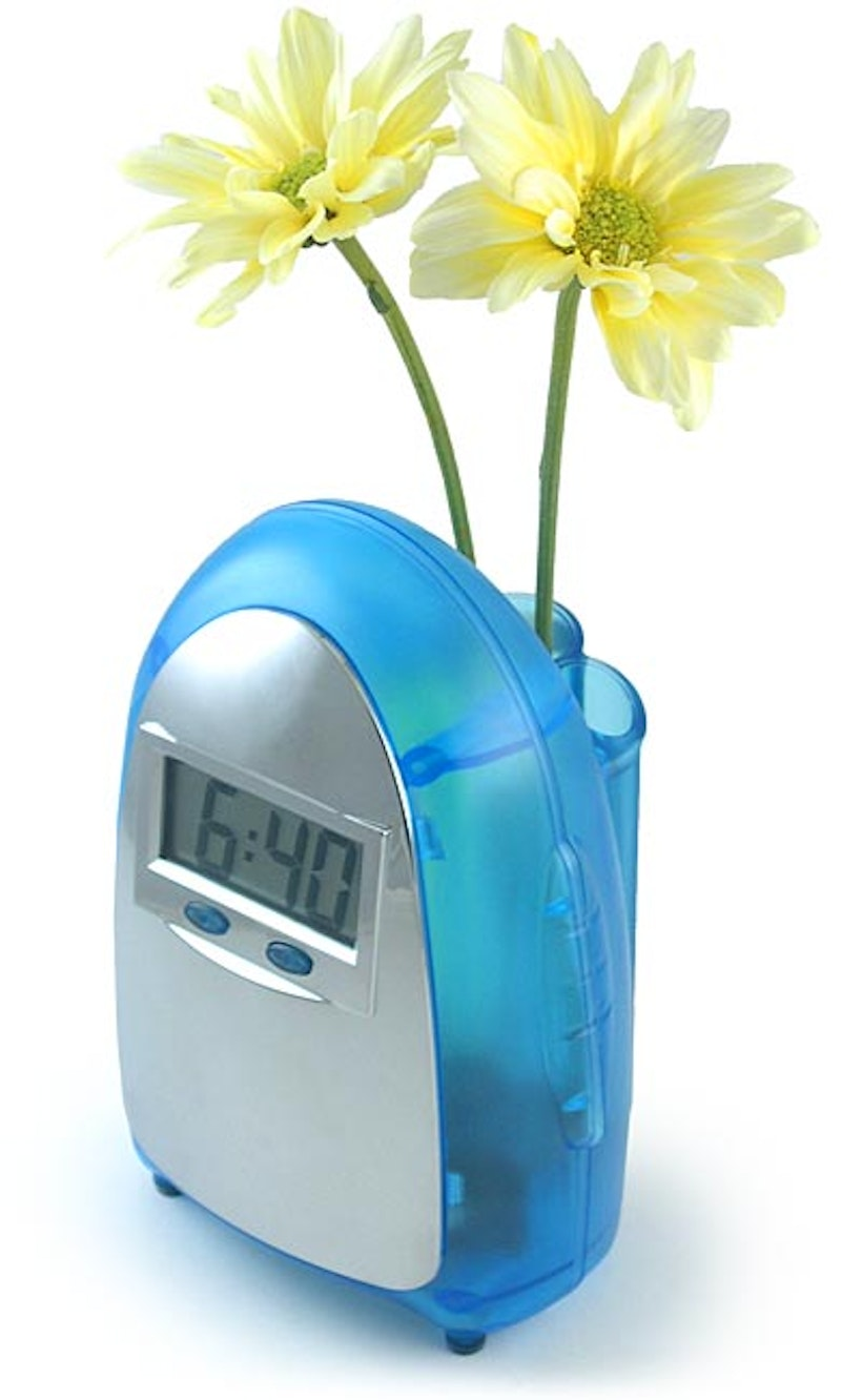 Water Powered Clocks Off Grid Energy Independence Circuit Diagram Quartz Clock And Provides A Steady Stream Of Electrical Current Acting As Fuel Cell To Generate Power The Below Can Also Be Used Vase
