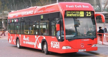 600 fuel cell city buses for Europe