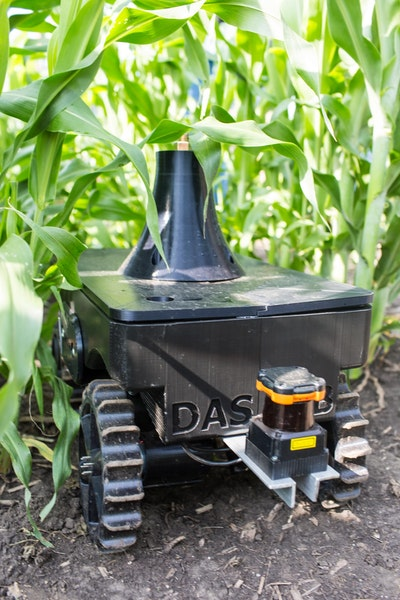 Teachable, ultra-compact, autonomous, phenotyping robot