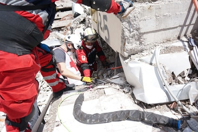 Snake robot used in search for Mexico quake survivors