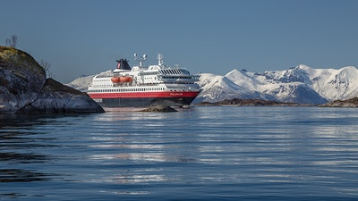Environmental upgrade of cruise ships
