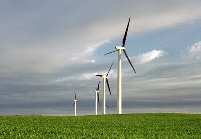 Wind produces more electricity than nuclear in UK for the first time