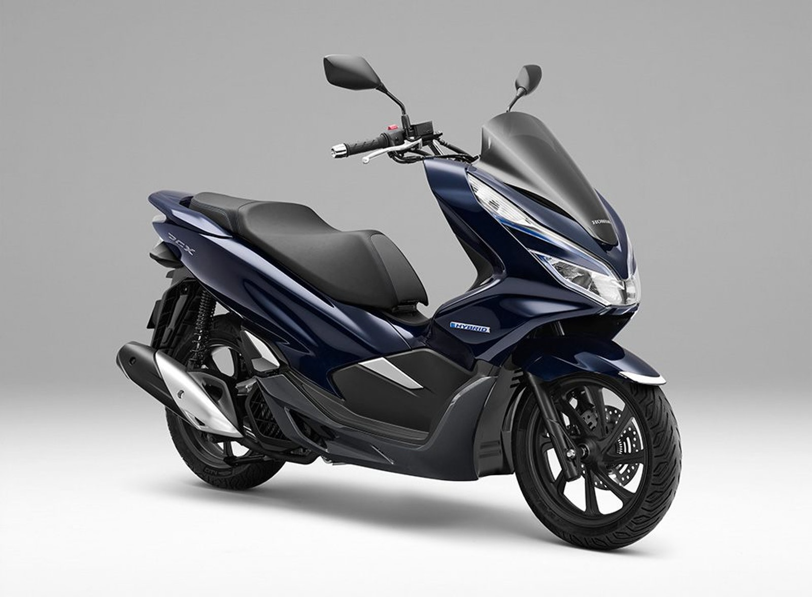 Honda Announced That The Latest Addition To Pcx Series Por For Its Stylish Design And Environmentally Friendly Engines Hybrid World S