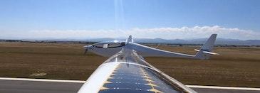 太阳能电动气网样机首次飞行