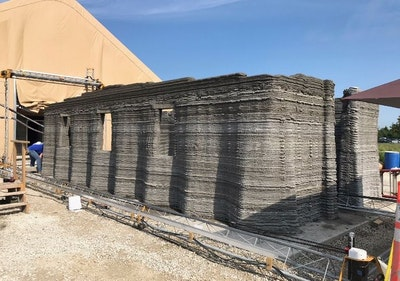 US Marines 3D printed concrete barracks