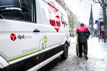 DPD will convert all Hamburg parcel deliveries to electro mobility