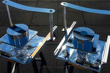 Device provides cooling for off-grid locations