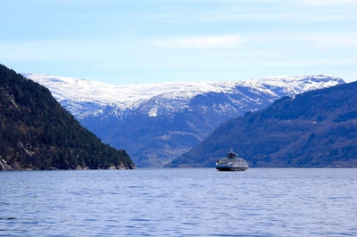 Norway commissions zero-emission high speed ferry