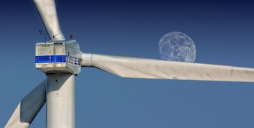 Vestas leads break-away group of big four turbine makers