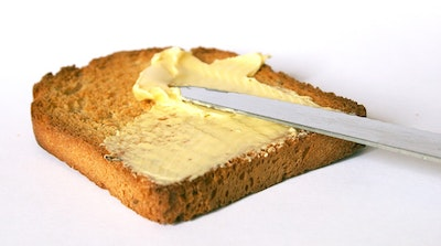Making solar cells can be like buttering bread