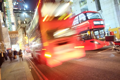 UK Government funds bus industry to improve air quality