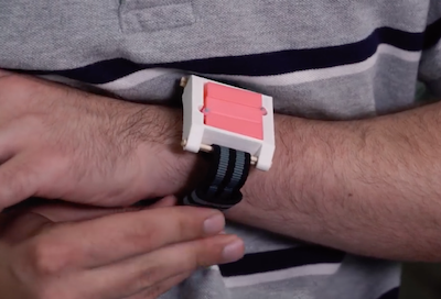 Wearable to halt allergic reactions