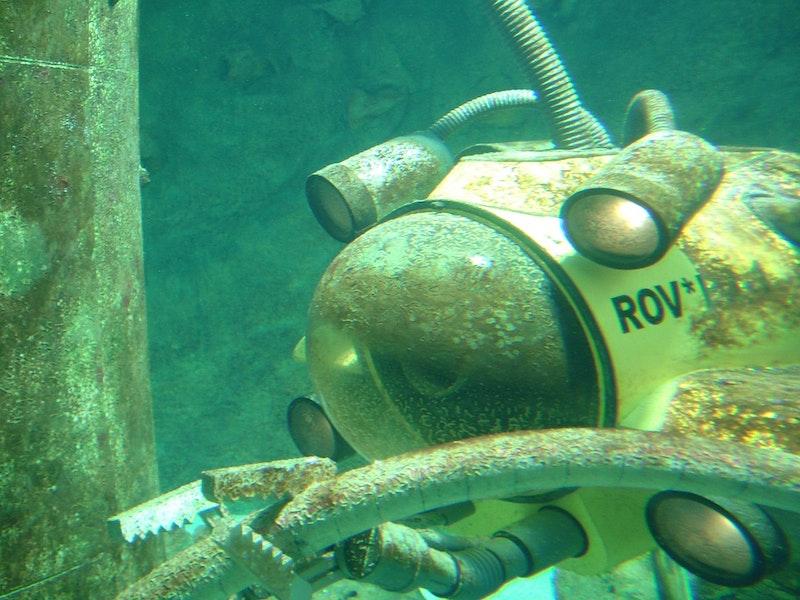 Underwater Power Generation Robotics Research