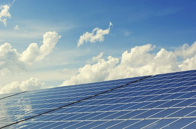 Selenium improves thin film solar cells