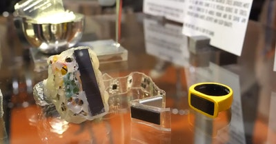 Non-invasive optical sensing ring
