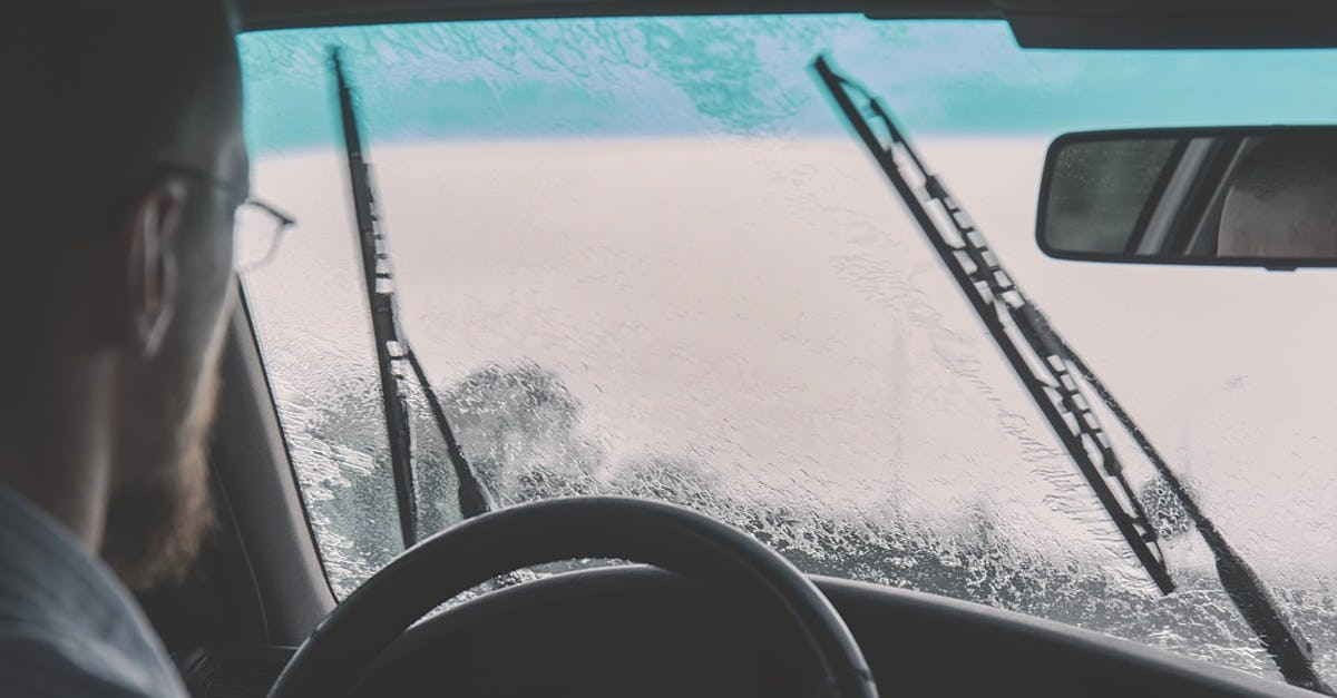 Connected Cars Windscreen Wipers Aid Weather Reports | Electric Vehicles  Research
