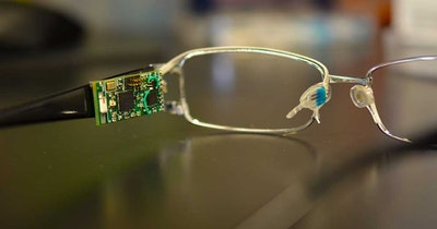 Biosensor Glasses for Testing Blood Glucose Levels