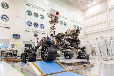 火星2020探测器完成第一次驱动